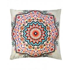 Coussins carrés 40 cm motifs géométriques multicolores - vue sur fond blanc -MANDALA