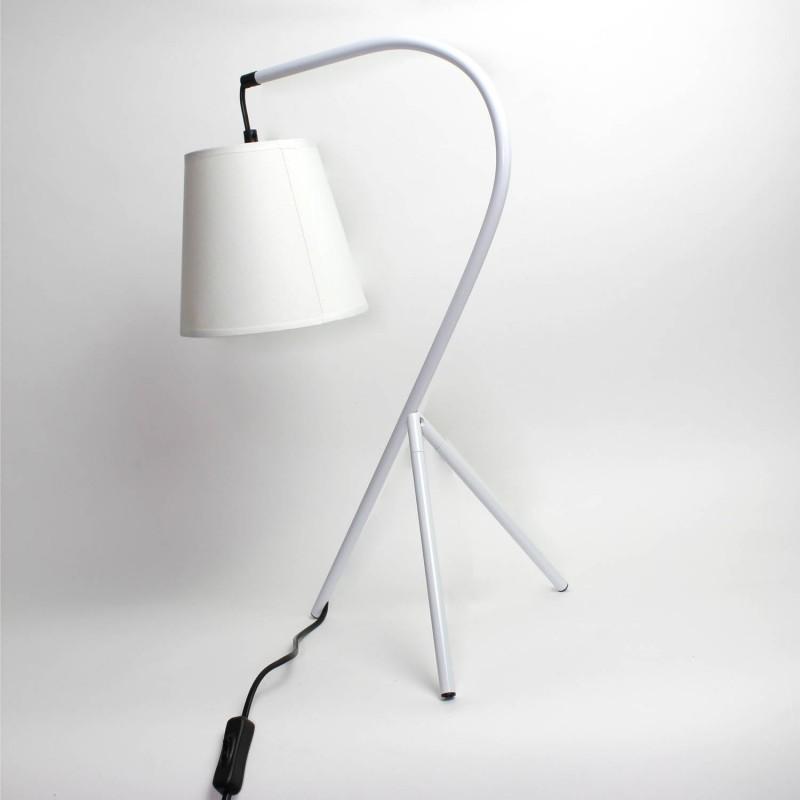 lampe de chevet tr pied design blanche. Black Bedroom Furniture Sets. Home Design Ideas